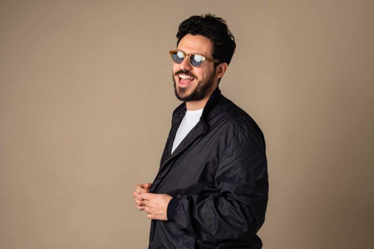 Domani il cantautore RUVIO in concerto al Teatrosophia di ROMA per presentare il suo album omonimo.