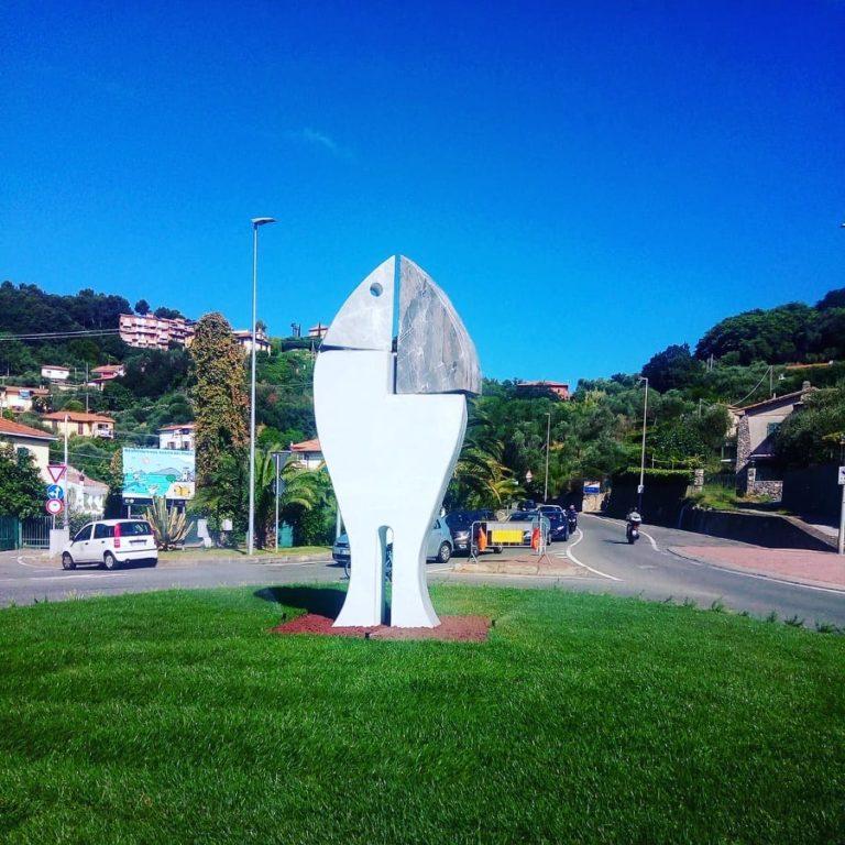Lerici inaugura la nuova scultura di Carlo Bacci