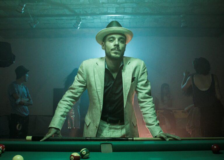 """""""Borsalino"""", il leggendario cappello senza tempo diventa un videoclip"""