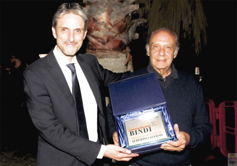 Premio Bindi | Alberto Salerno ha ricevuto il Premio Artigianato della Canzone