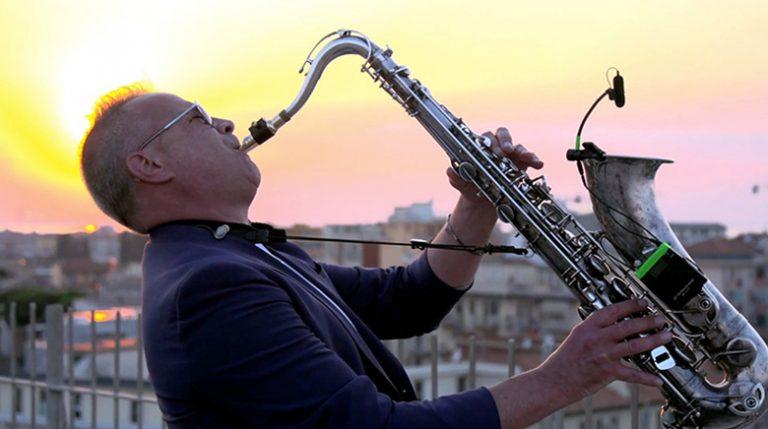Flavio Sax Bordin: un evento musicale in streaming per sostenere la ricerca sull'endometriosi dell'Ospedale San Raffaele di Milano