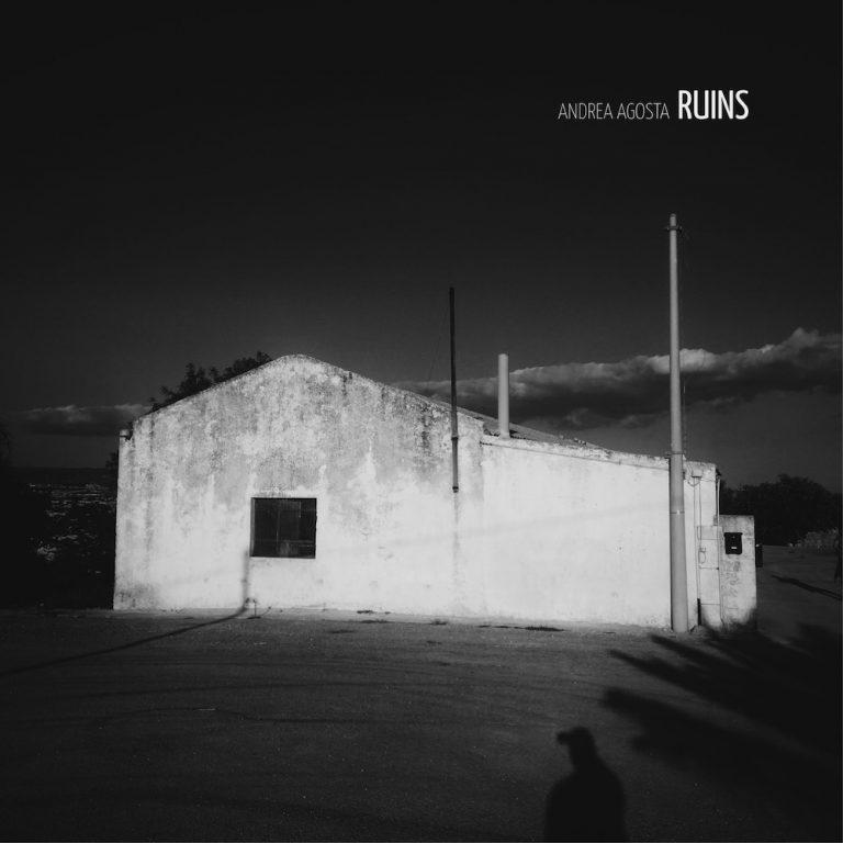 """""""Ruins"""" (Isulafactory), la nuova canzone di Andrea Agosta"""